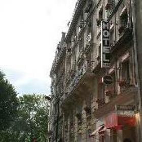 Hôtel Poussin***