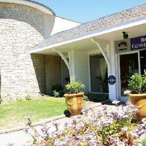 Hôtel-Restaurant le Causse Comtal***