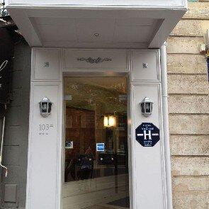 Hôtel de Prony***
