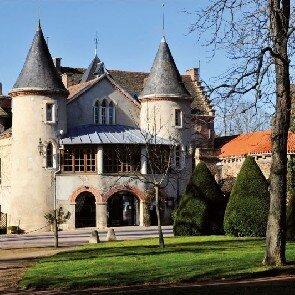 Domaine Château Saint-Jean***