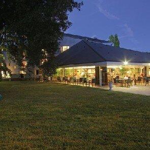 Best Western Hôtel Le Bois de la Marche***