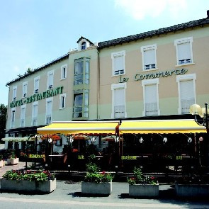 Hôtel-Restaurant le Commerce***