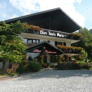 Hôtel et Restaurant Chez Tante Marie**