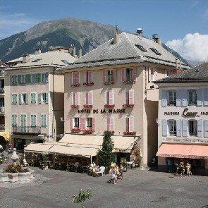Hôtel de la Mairie**