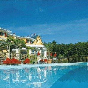 Les Trésoms Lake & Spa Resort***