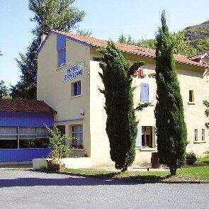 Inter-Hôtel Le Rocher  du Vial