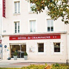 Hôtel de Champagne***